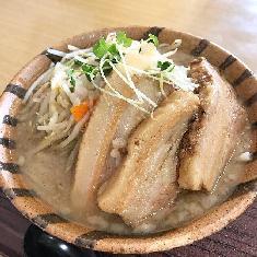 弁天橋通りの人気ラーメン店「鬼に ...
